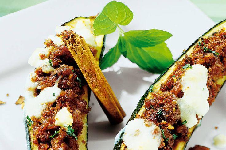 Zucchini mit Hackfüllung Rezept - FIT FOR FUN