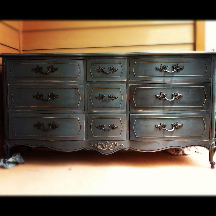 PACIFIC Vintage: Refurbished Dixie French Provincial Dresser