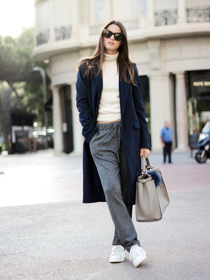 5 Cozy & Stylish Looks For A Lazy Day