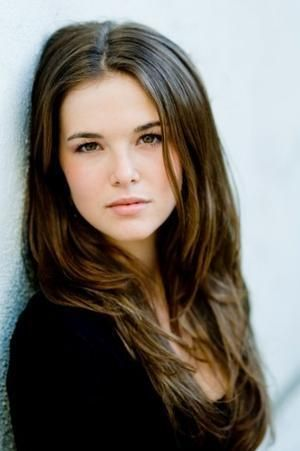 Zoey Deutch as Alyssa Smith in my story The Good Girl and the Bad boy