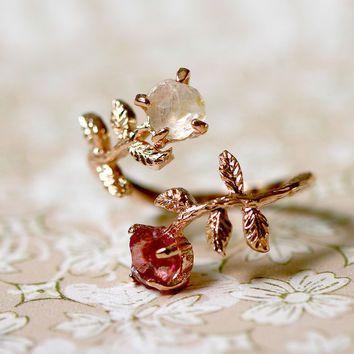 Stone ring,Ruby,White topaz,Rose Gold Ring,Adjustable Ring,Rough Stone Ring,Raw Stone Ring,Raw Crystal Ring,Olive Ring,Crystal