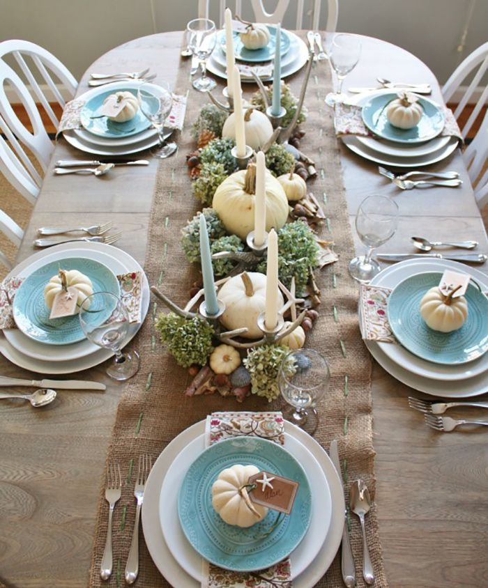 Thanksgiving table setting - www.lovelucygirl.com