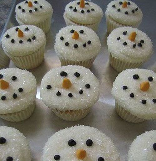 30+ Easy Christmas Cupcake Ideas - Snowman Cupcakes
