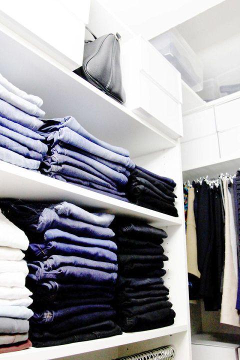 Organized Jeans // Organized Closet // How To Organize Your Wardrobe //  Folding