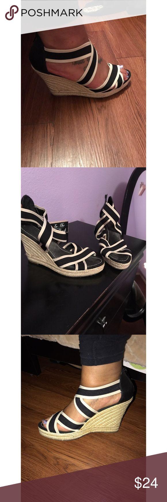 Black sandals gap - Black And White Gap Wedges