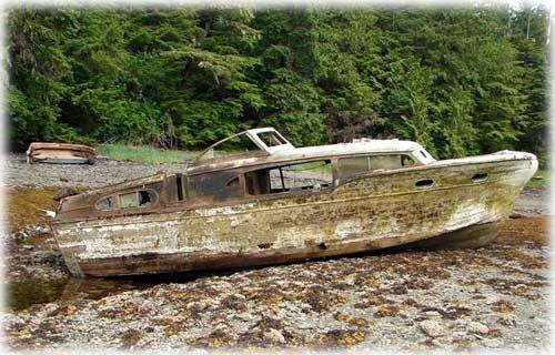 jpg Old chris craft boat