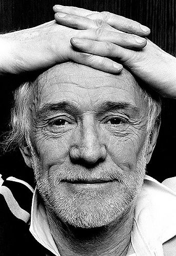 Richard Harris...love him, love him, love him! One of the greatest actors ever that only got more handsome with age.