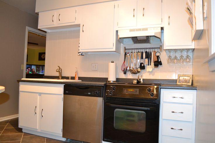 glossy white kitchen cabinets from White Shiny Kitchen ...