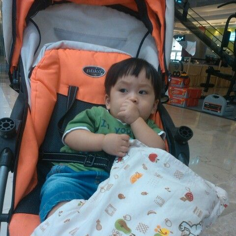 Ngemall with abang Al..