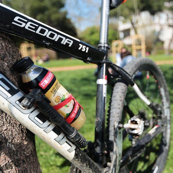 Bisiklet turunda yanında Zumosol #sukatılmamış elma suyu varsa yollar su gibi akar :)