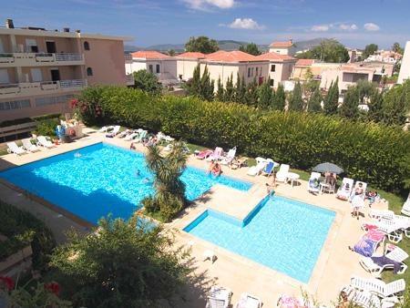 Sardinia #villas with pool  Buganvillea Apartments #Alghero