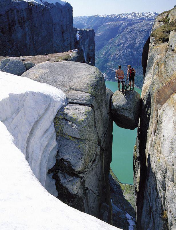 Noruega fiordo noruego Lysefjorden