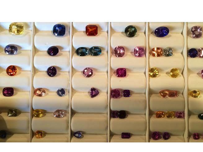 Resultado de imagen para royal pech sapphire gemstones