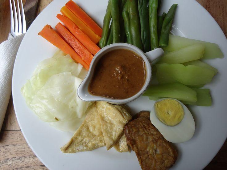 Gado-Gado: Indonesia's Vegetarian Dream Food - The Travel Lush