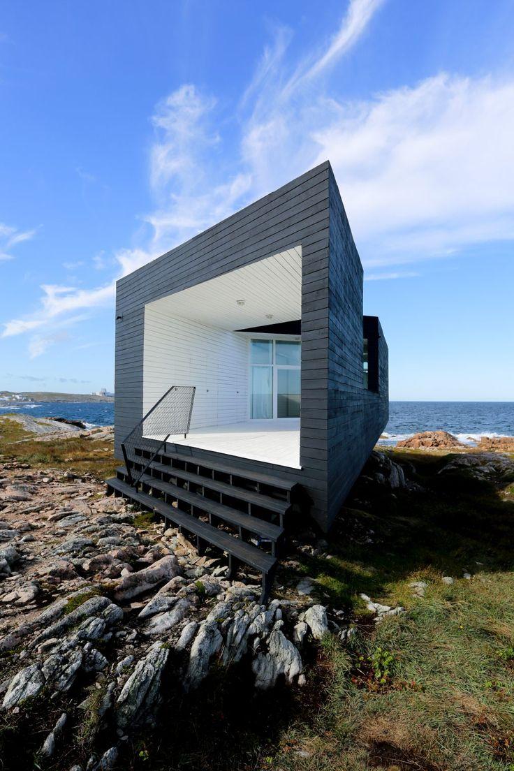 Trouvez sur l'île de #Fogo les 4 studios d'artiste à l'architecture étonnante. #TerreNeuve #Labrador #InfinimentCanada