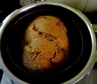 Your Everyday Cook: RUSTIC BREAD ( PRESSURE COOKER METHOD )