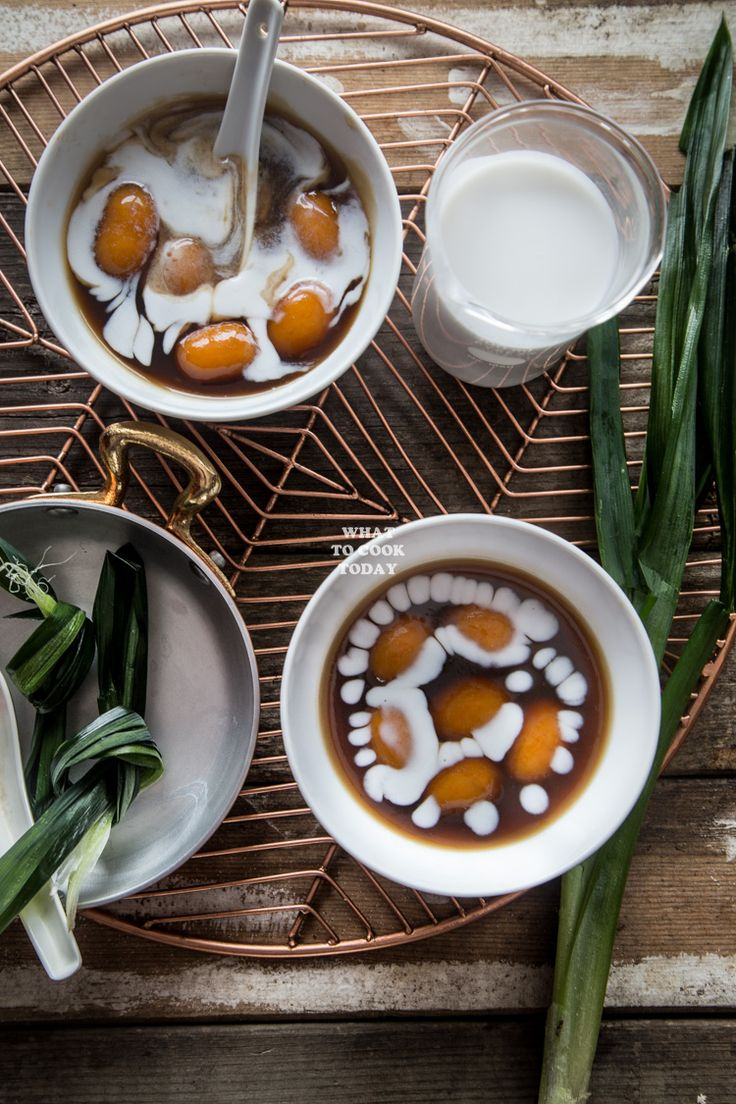 Sweet potato dumplings with coconut sauce (Bubur biji salak) are popular dessert in Indonesia that is hardly ever heard of outside of Indonesia. The bouncy and slightly chewy dumplings are served in syrup and coconut sauce. Something so simple but so satisfying in every level