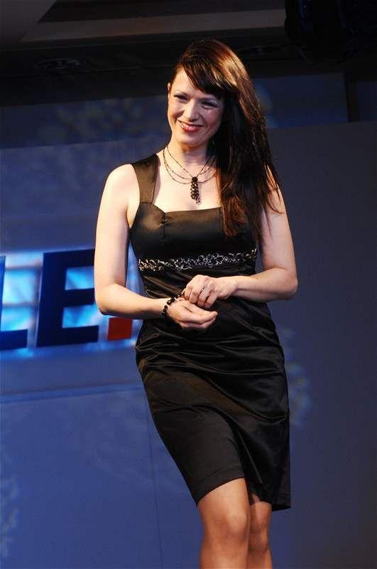 Tereza Kostková - Quelle Fashion Show