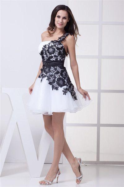 1000  ideas about Short Elegant Dresses on Pinterest  Pretty ...