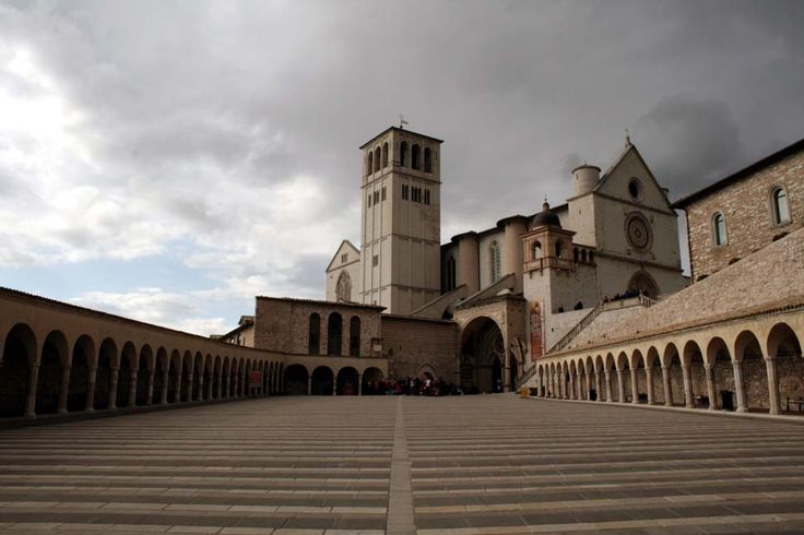Assisi, San Francesco #Assisi #Italy
