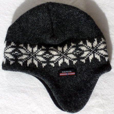 Norwool strikhue med øreklapper, Koksgrå med hvidt mønster