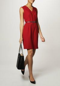 KIOMI - Fodralklänning - red