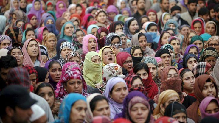 «Dieu autorise à violer les non musulmanes», affirme une professeure d'études islamiques — RT en français