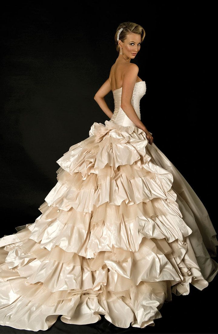 The lightbox wedding dresses   best Wedding dresses images on Pinterest  Wedding dressses