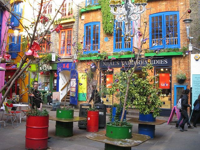 Neal 39 s yard remedies covent garden london england the for Cafe de jardin in covent garden
