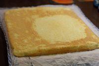 Receta de plancha, rollo o bizcocho para hacer brazos de gitano tanto dulces como salados.