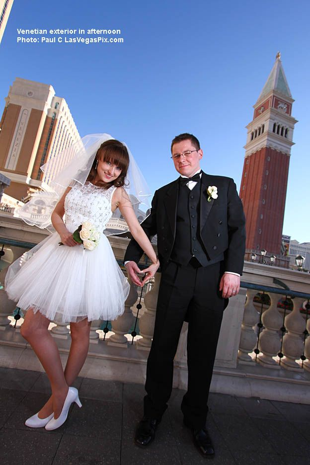 25 best las vegas strip wedding photos locations images on couple making a heart with their handsnetian hotel las vegas junglespirit Choice Image