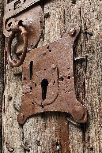 Cicatrices de antiguas batallas Explore 162   Flickr - Photo Sharing!