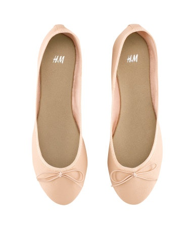 H & M - Ballet pumps, powder (£3.99) ... maybe less elusive than these: http://pinterest.com/pin/44895327505199772/
