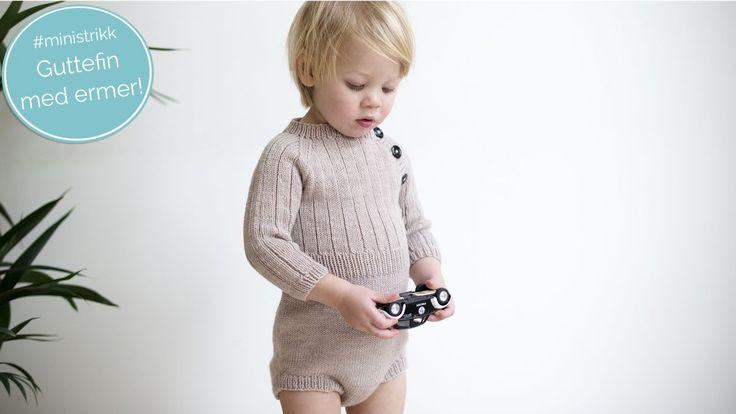 En real, strikket gutteromper med ermer som gjør den ekstra egnet for vintermånedene. Bruk til fest og hverdags.