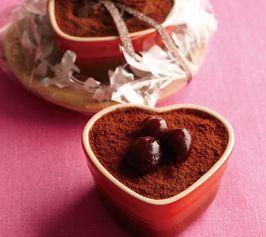 【アメリカンチェリーティラミス】コーヒーとマスカルポーネの相性が良い、簡単ティラミス。ほろ苦い、大人の甘さが楽しめるデザートです。  http://lecreuset.jp/community/recipe/american_cherry_tiramisu/
