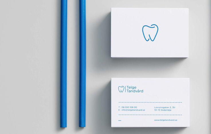A blue and white business card for dental clinic — Blå och vit visitkort för tandläkarklinken Telge Tandvård
