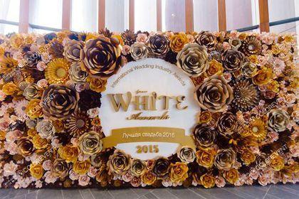 Свадебные цветы ручной работы. Ярмарка Мастеров - ручная работа. Купить Фотозона из бумажных цветов. Handmade.…