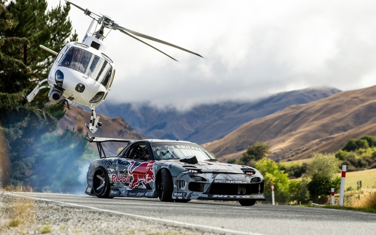 Watch This 750-HP Mazda RX-7 Drift up a New Zealand Mountain - WOT on Motor Trend