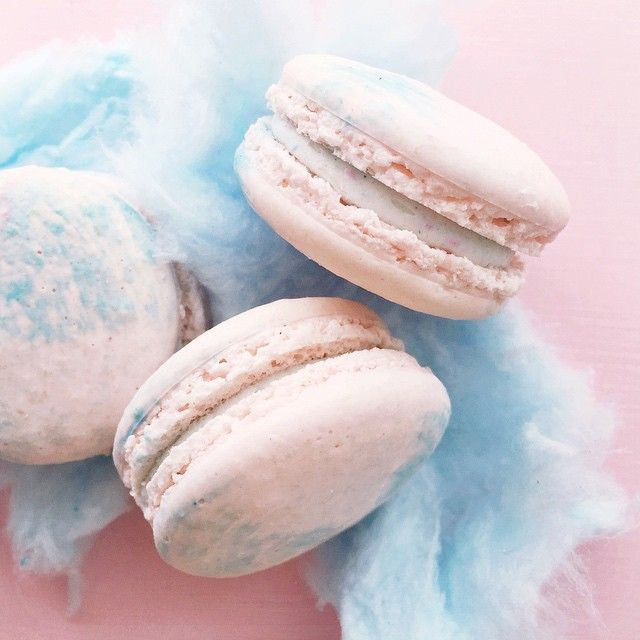 Cotton Candy Macarons