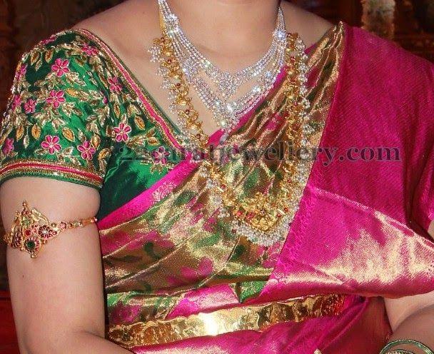 Jewellery Designs: Gundla Mala Steps Diamond Set