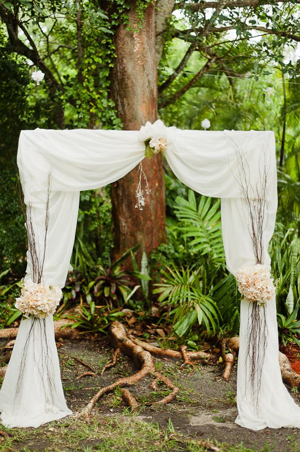 Dominican-American vintage inspired backyard wedding