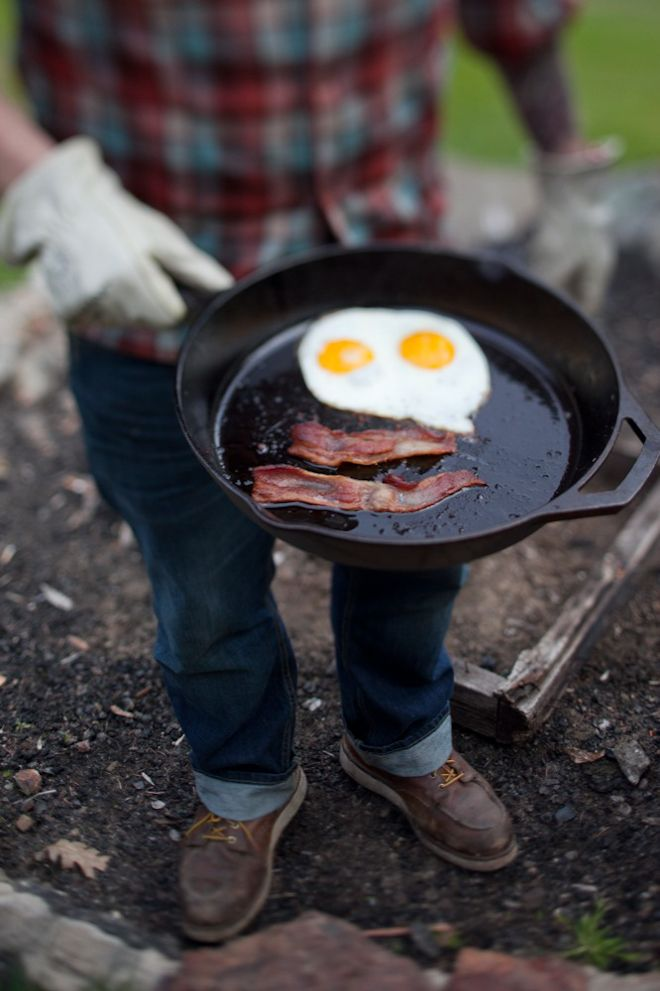 morning camp food bacon eggs