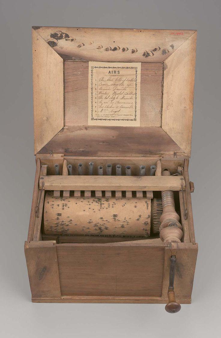 Bird organ (serinette) | 19th century