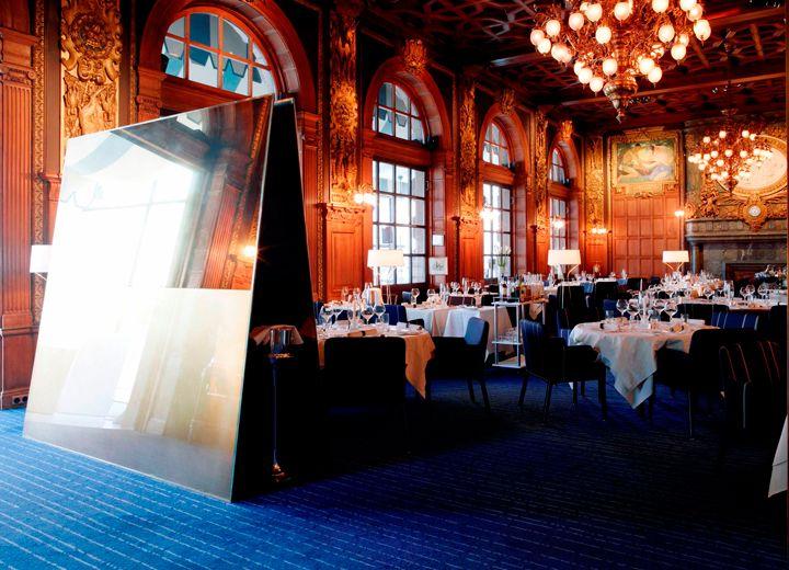 Operakällaren Pinstripe wall to wall Kasthall carpet  #rug #restaurant #blue