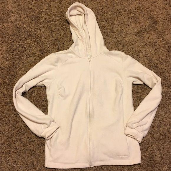 Columbia sportswear company Columbia sportswear company size L in amazing condition omni shield Columbia Intimates & Sleepwear