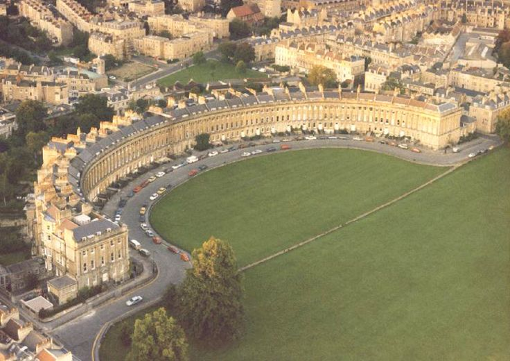 Royal Crescent, Bath.  I lived for 15 years directly behind here.  In fact you can see my flat in the photo right behind the central houses.
