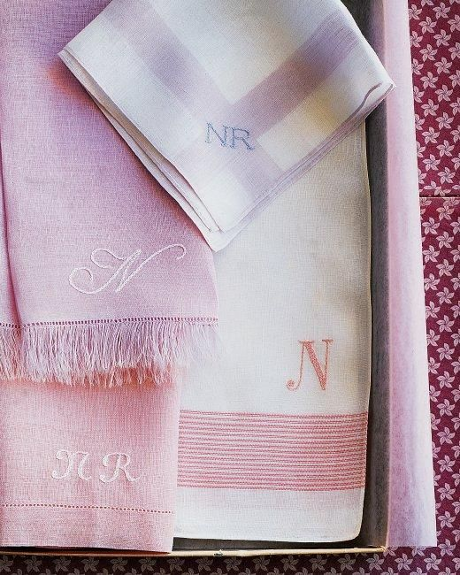 Monogrammed Napkins How-To: Embroidery Ideas, Teas Towels, Diy Crafts, Monograms Napkins, Gifts Ideas, Martha Stewart Crafts, Embroidery Projects, Handkerchiefs, Stitches