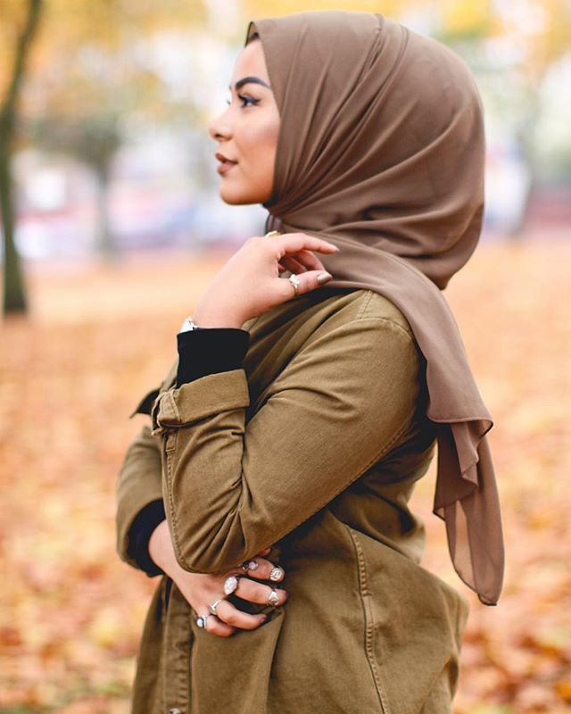 khaki is my new favourite colour Photography: @sofiamughalx