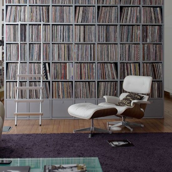 love this backdrop of album covers - think I'll do this with my books