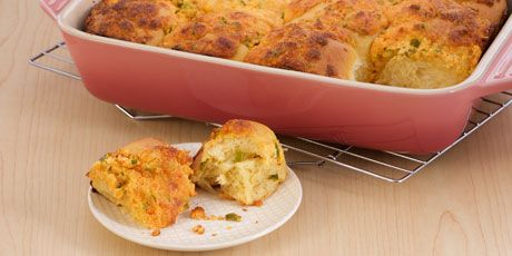 Jalapeno Cheddar Pull-Apart Bread